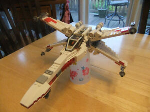 361pcs Star Wars X-Wing Fighter - Lego Compatible