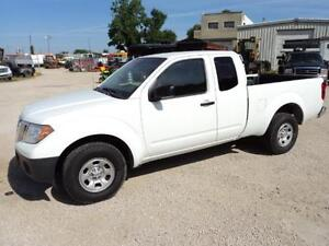 4 cyl auto trans Ext Cab 2 wd