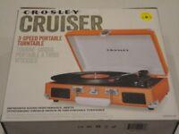 Crosley Cruiser Briefcase Style Retro Vinyl Turntable *New* Orange