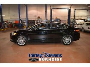 2016 Ford Fusion SE! Leather! Roof!
