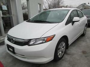 2012 Honda Civic LX BLANC A/C CRUISE 26$/SEMAINE
