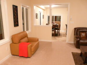 Fully furnished 6 bedroom house- Milton-$2800 per week