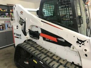 BobCat T770   (Only 189HRS)