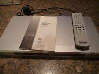 SONY DVD / CD Player & Remote