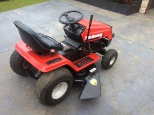 "Mtd ride on lawn mower excellent cond 16.5hp 42"" cut hydro drive Wantirna South Knox Area Preview"