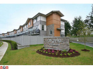 Walk to UFV, 3 bedrooms, 3 bathroom Near new End Unit townhome