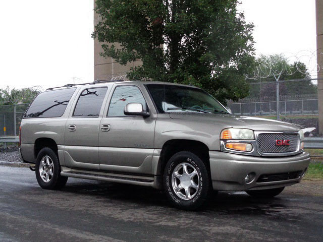 Image 1 of GMC: Yukon XL 1500 DENALI…