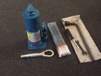 MERCEDES SPRINTER VAN BOTTLE JACK AND PARTS - ORIGINAL - EVERYTHING IN PICTURE INCLUDED
