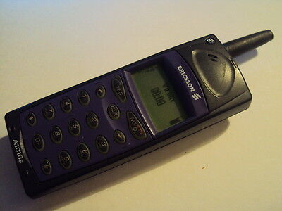 SIMPLE ELDERLY SENIOR  RETRO  BRICK ERICSSON A1018S  PHONE  OLD VIRGIN, T-MOBILE