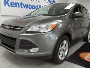 2014 Ford Escape SE 4WD ecoboost! heated seats and back up cam t