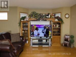 House for sale in Wainwright