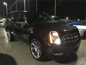2013 Cadillac Escalade PREMIUM (ONLY 82,000 KMS) BLACK LEATHER