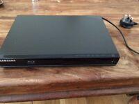 Blu Ray and DVD player BD J4500R