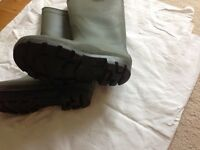 Mens green wellington boots size 10