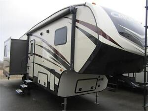 2017 30 FT CROSSROADS RV CRUISER AIRE CR28RL 5TH WHEEL