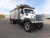 2013 International 7600 6x4, Used Gravel Truck