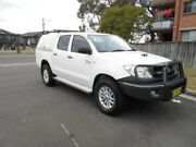 2011 Toyota Hilux KUN26R MY11 Upgrade SR (4x4) White 4 Speed Automatic Dual Cab Pickup Yagoona Bankstown Area Preview