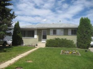 Redwater 4 bedroom house with a suite for rent!
