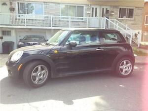 2009 MINI Cooper TOIT PANORAMIQUE CUIR A/C MAGS