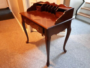 Bombay Writing Desk/Table