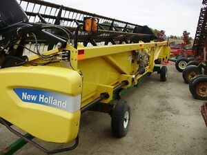 2010 New Holland 74C 30 Foot Flex Combine Head London Ontario image 4
