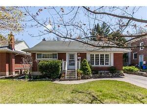 Ideal location, clean 4-BR detached house near downtown, UW, WLU