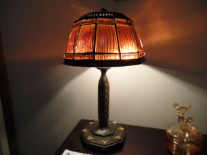 DALE TIFFANY LINEN-FOLD DESK LAMP ~ AS NEW ~ $150.00 O.B.O.