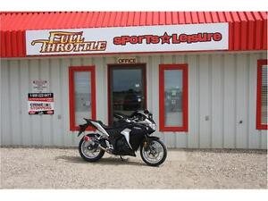 *BLOWOUT* Honda 2012 cbr 250 r