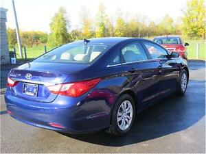 2011 Hyundai Sonata GLS, Heated Seats, Bluetooth, Cruise Control Kingston Kingston Area image 4