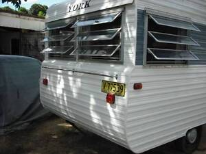 1976 York  VINTAGE CLASSIC CARAVAN  ON SUNSHINE COAST Woombye Maroochydore Area Preview