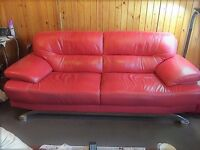 Matching 3 Seater and 2 Seater Leather Sofas