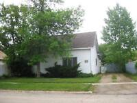 2 Bedroom House in Maple Creek