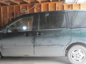 2001 Mazda MPV Minivan, Van