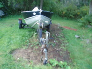 14 ft Aluminum Boat with Motor and Trailer
