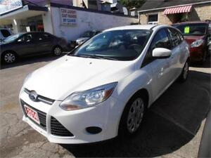 2014 Ford Focus SE Auto White Only 93,000km