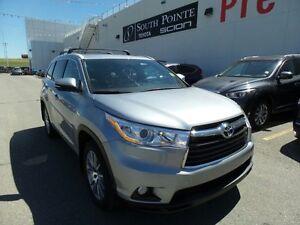 2016 Toyota Highlander XLE AWD | Navigation | 8 Passenger