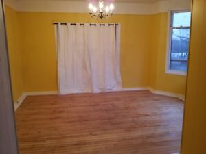 one bedroom apartment in central & quiet location in New Glasgow