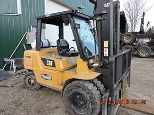 CAT P 10000  ALL TERRIAN FORKLIFT