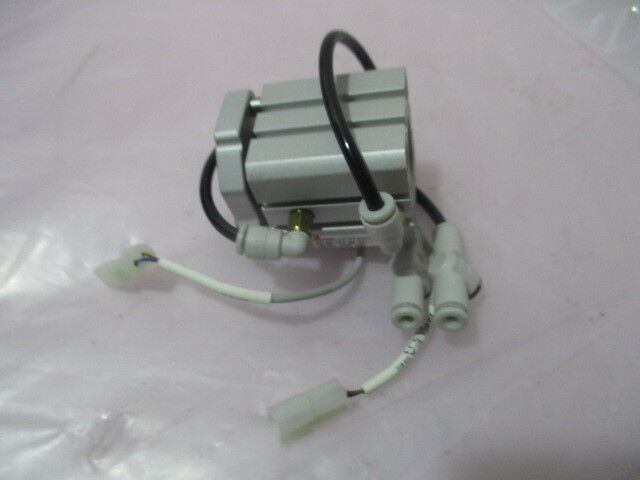 SMC CDQMB25-10-DAJ00226 Air Cylinder, Clamp, Door, LLK, 423112