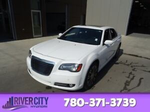 2012 Chrysler 300 AWD S Navigation (GPS),  Leather,  Heated Seat