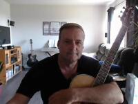 Cours guitare acoustique,+ de 10 ans d'exp.et une méthode unique