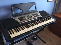 Yamaha PSR-350 Electronic Keyboard