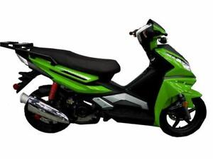 SCOOTER  2018 scooter Scootterre Voyageur SPORT 50 a $2599