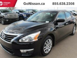 2015 Nissan Altima auto, Bluetooth, Low kms!!