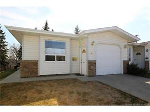 TOWNHOUSE FOR SALE IN HIGHLAND GREEN EST.: 4 5125 62 Street