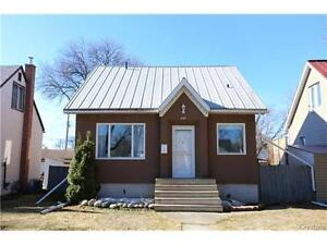 OPEN HOUSE!! 264 Donalda Ave. Sunday April 23rd from 2-4pm.