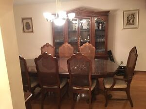 Dining Table with 8 Chairs,Hutch and Buffet