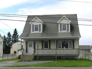 Spacious Cape Cod in Eastern Passage