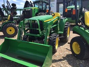 JOHN DEERE 3025E & LOADER $7,684 OFF LIST--NEW 2017