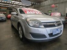 2006 Holden Astra AH MY06.5 CDX Silver 4 Speed Automatic Coupe Mordialloc Kingston Area Preview